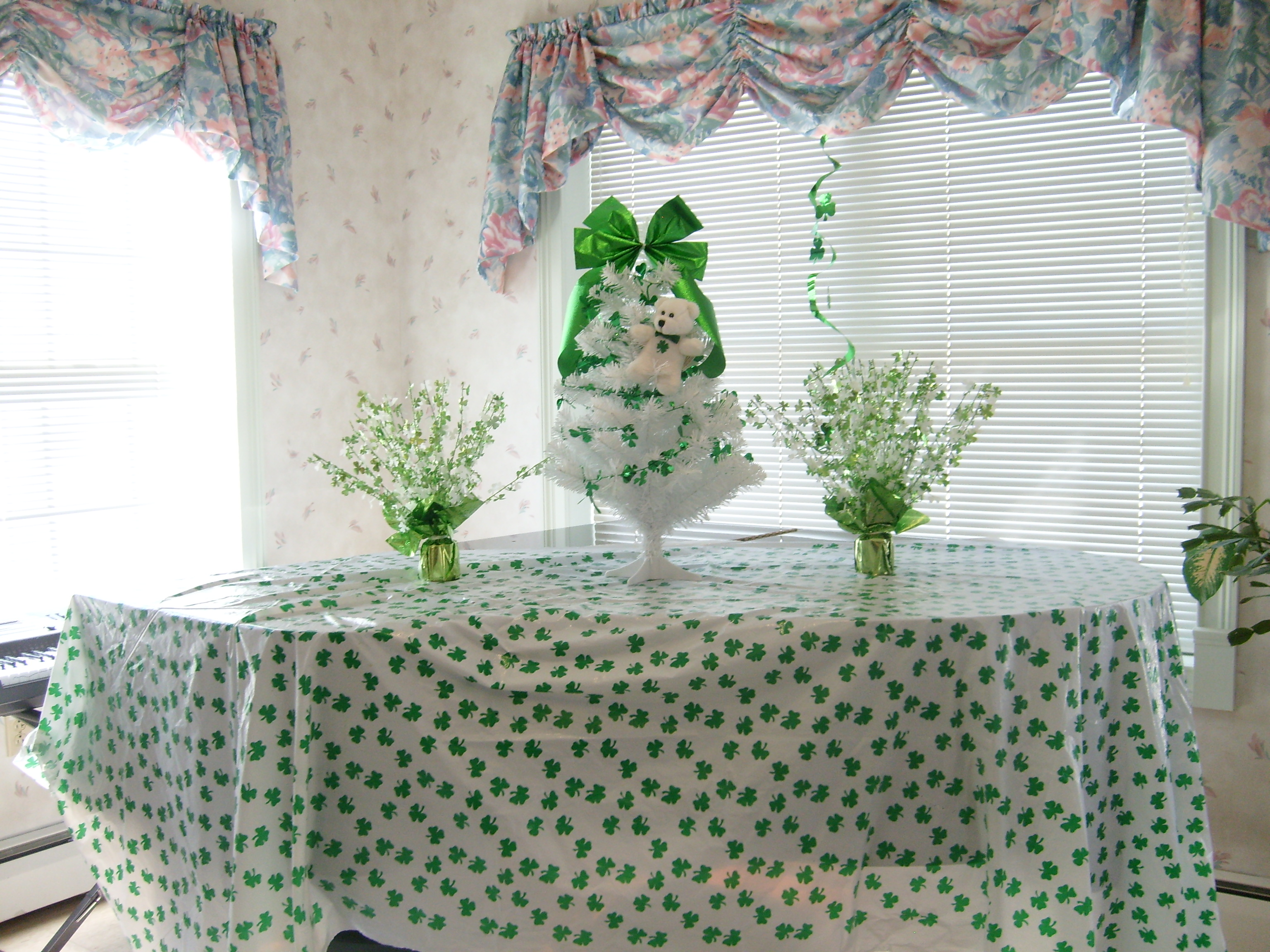 St. Patricks decorations in recreation room